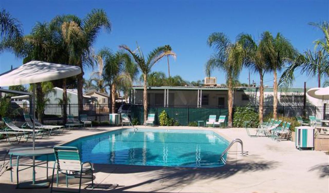 Mirage Estates - Pool